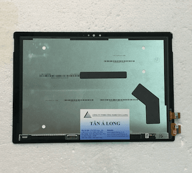 Người hinh ung ung Surface Pro 4 1724